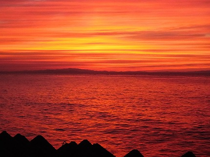 富山湾の夕焼け